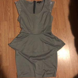 Guess stretch dress 🔥